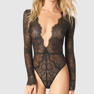 Lace body suit